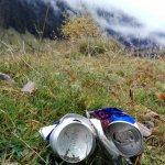 Psychologie des Müll-Hinterlassens an Sehnsuchtsorten